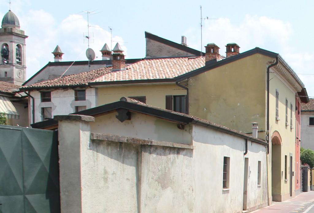 Decimetrinės antenos ant stogų