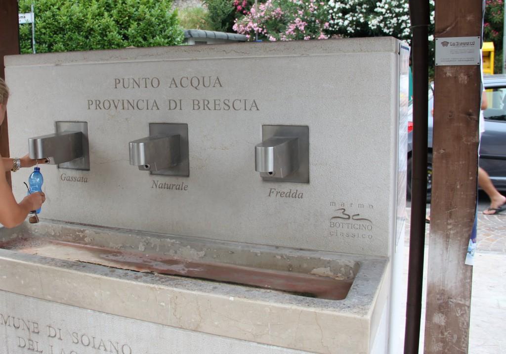 Vandens stotelė