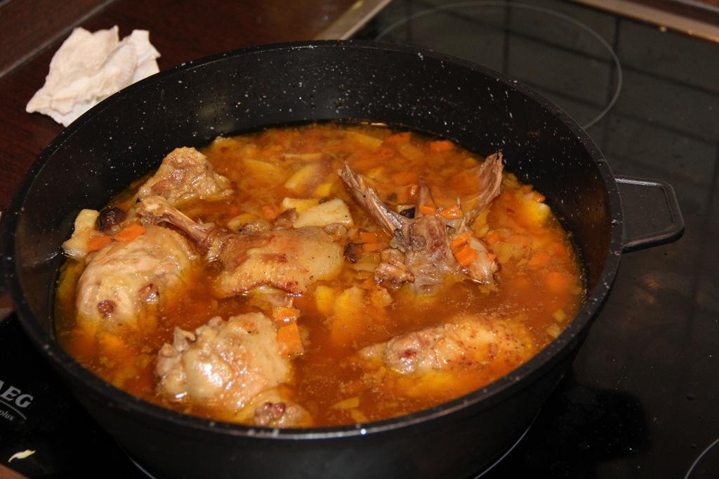 Svogūninė antieninė sriuba