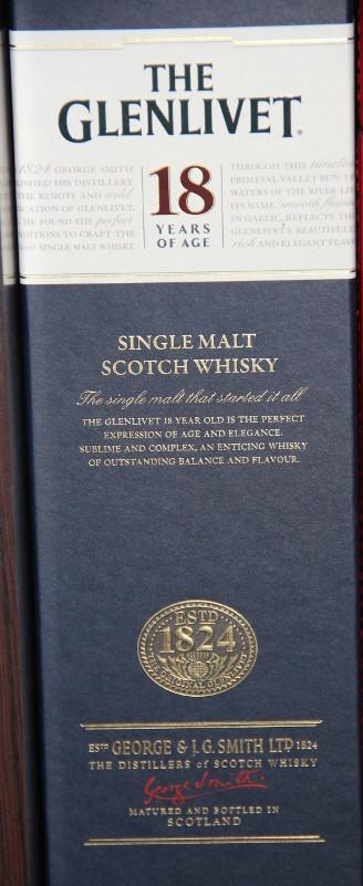 """Štai tas 18 metų """"single malt"""" škotiškas viskis jau spintelėje. Džiaugiuosi, kaip vaikas radęs geležėlę!"""