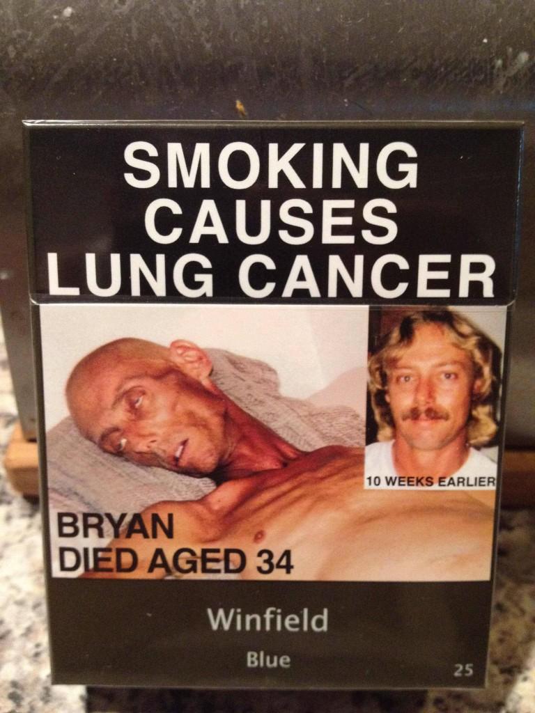 Įdomu ką šis žmogus rūkė. Ir įdomu ar ši antireklama veiksminga?
