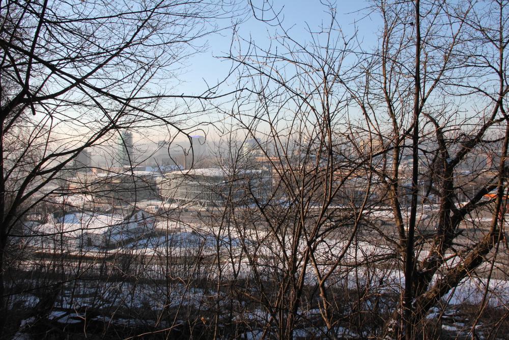 O čia yra vaizdas iš žiemos rezidencijos