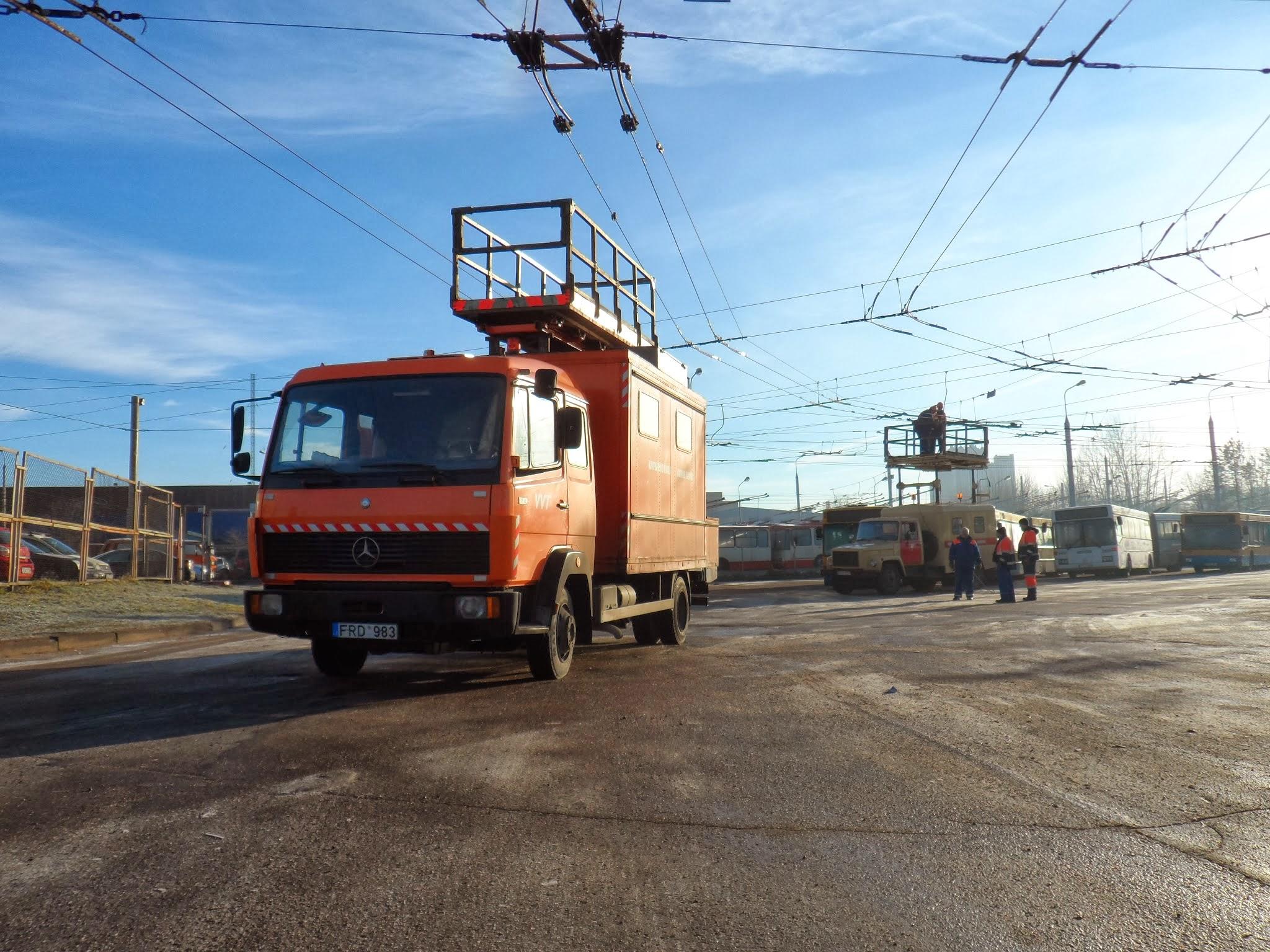 Vilniaus troleibusų ir kontaktinio tinklo bėdos